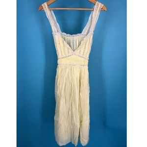 60's Light Yellow Womens Nightgown Dress Pleated